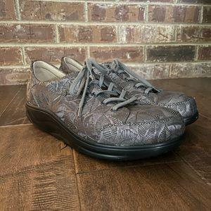 Finn Comfort Women's Altea shoe Size 9.5